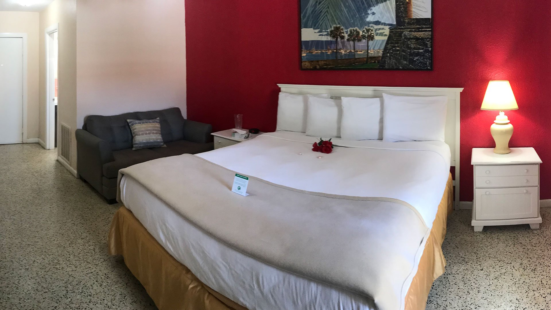 Island Sun Inn Deluxe Room With King Bed
